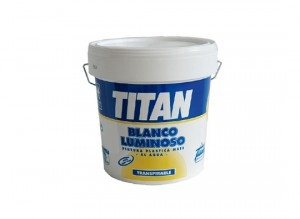 titan-blanco-luminoso